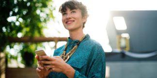 Jak budować relacje biznesowe? Kluczowe cechy silnych relacji zawodowych
