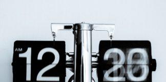 rosnijwsile.pl Czas upływa nieubłaganie. Dlaczego czas płynie coraz szybciej?