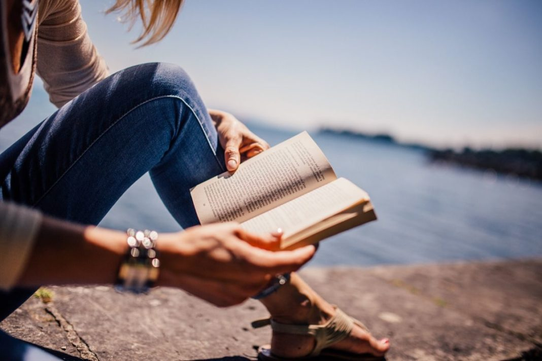 rosnijwsile.pl Kto czyta żyje wielokrotnie. Cytaty o książkach i czytaniu