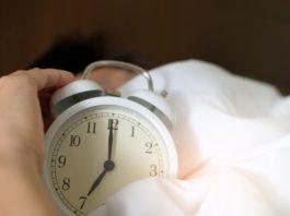 rosnijwsile.pl 7 złych porannych nawyków, które zabijają produktywność i szanse na sukces