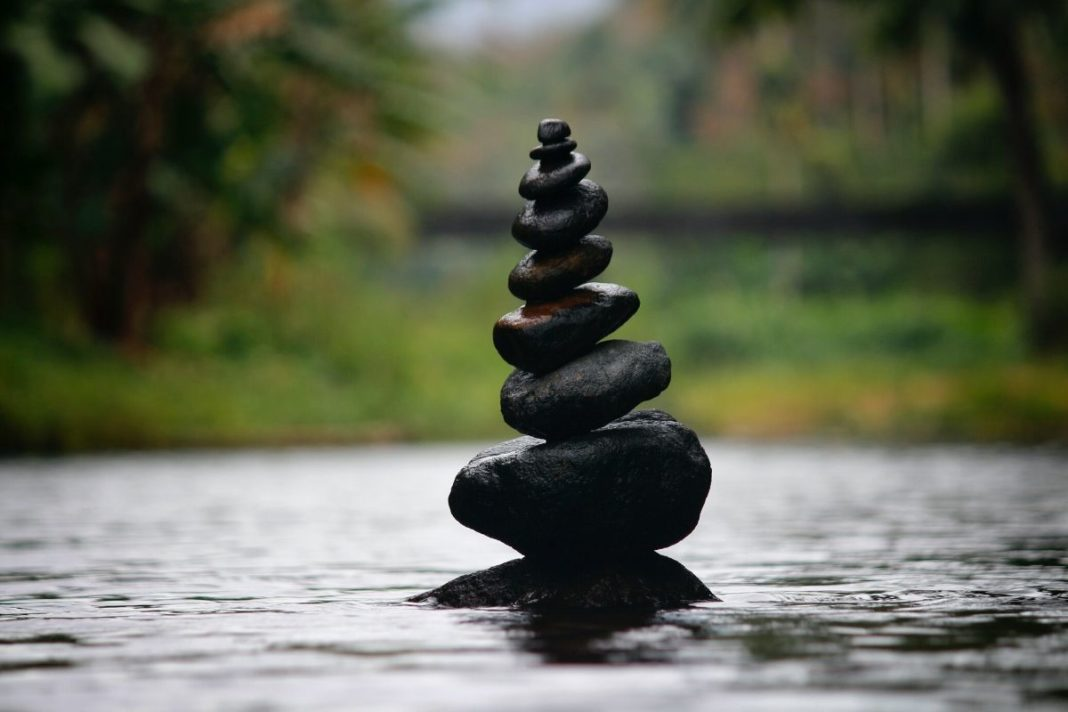 rosnijwsile.pl Wyzwanie stoika. Jak dzięki filozofii stoickiej zyskać siłę, spokój i odporność psychiczną?