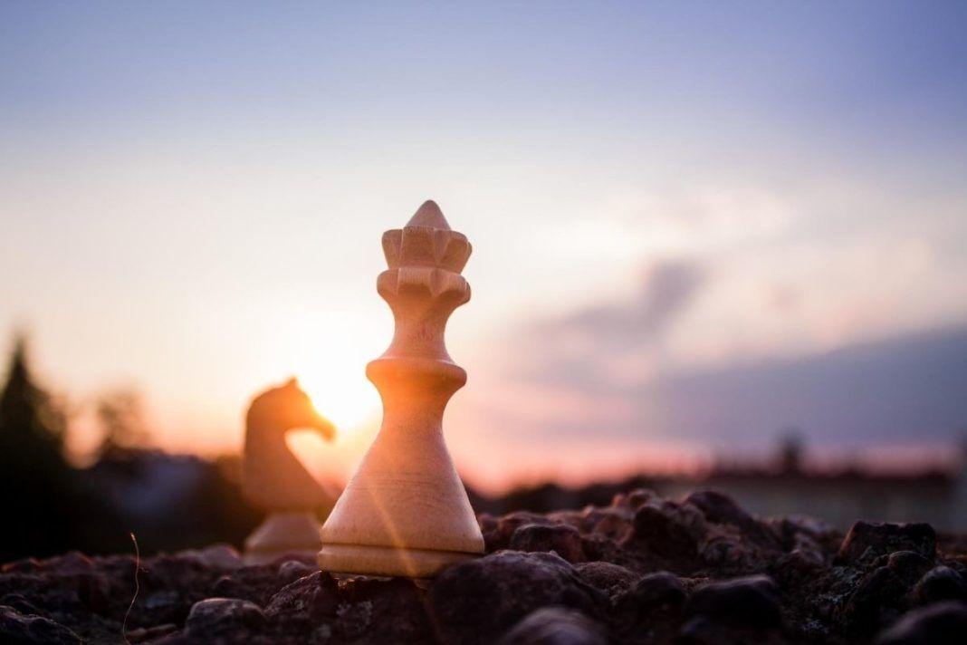 rosnijwsile.pl Jeśli życie jest grą oto jest zasady. 10 Reguł Człowieczeństwa. Mistrzostwo w grze życia!