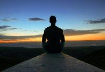 rosnijwsile.pl Jak i po co medytować? Najważniejsze korzyści z medytacji uważności