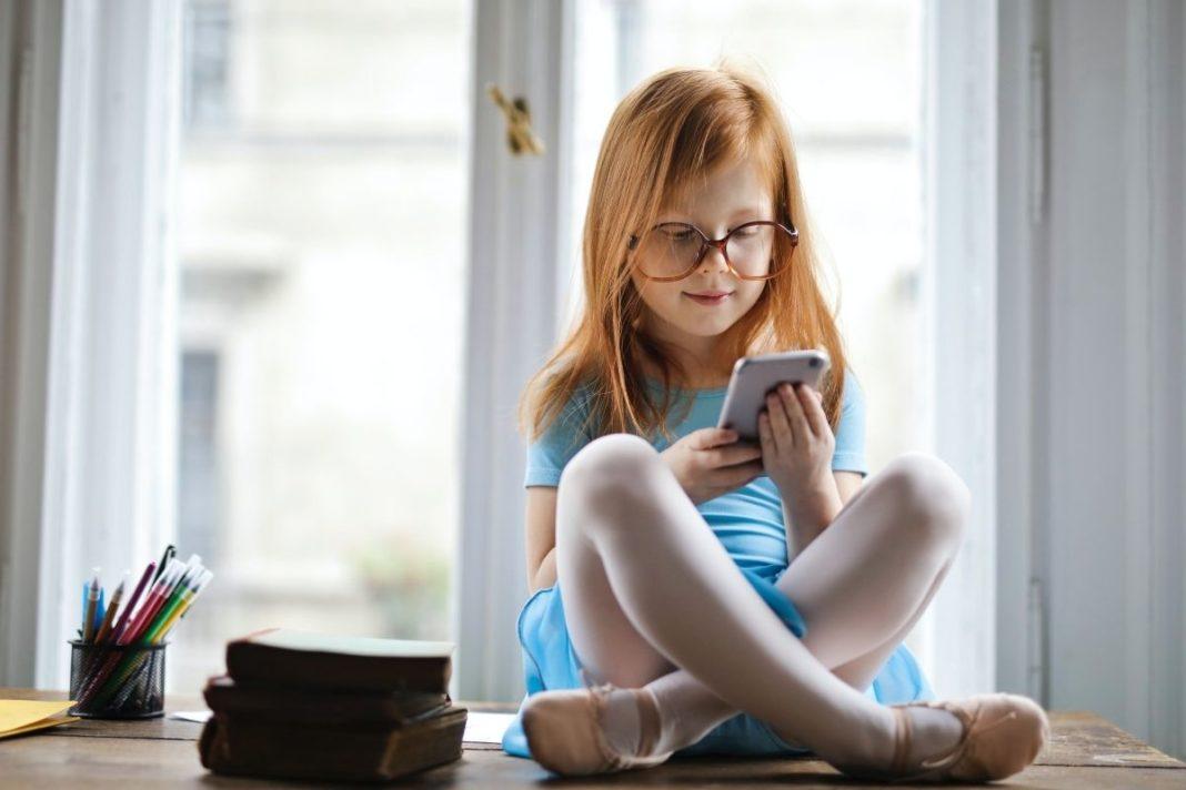 rosnijwsile.pl Czy warto korzystać z aplikacji dla dzieci do nauki języka obcego?