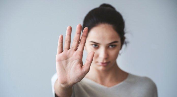 """Sztuka Odmawiania. 11 powodów dlaczego tak trudno powiedzieć """"Nie"""""""