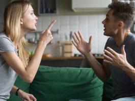 Jak radzić sobie z konfliktami? 3 fazy rozwiązywania konfliktu
