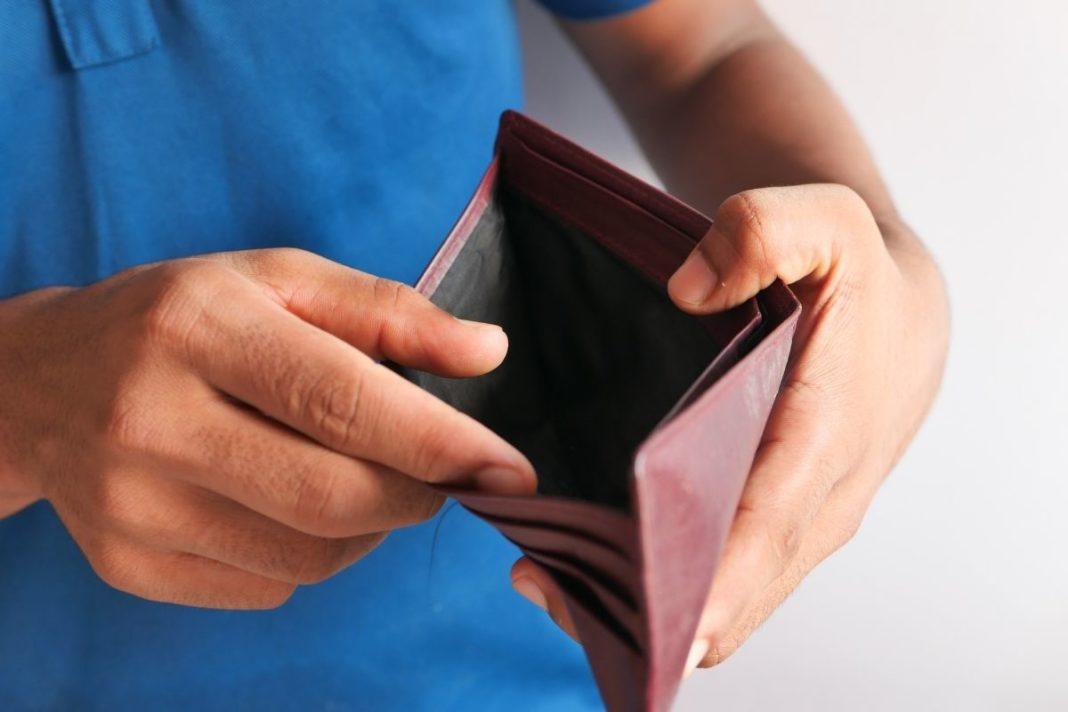 rosnijwsile.pl Dlaczego nie jesteś bogaty? 5 powodów które sprawiają, że nie masz pieniędzy