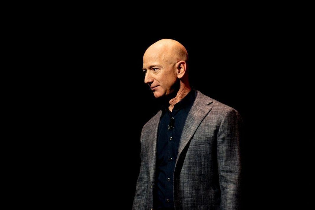 rosnijwsile.pl Nie bój się błądzić. 5 ważnych lekcji sukcesu od Jeffa Bezosa Jeff Bezos/Fot. Daniel Oberhaus/Flickr (CC BY 2.0)