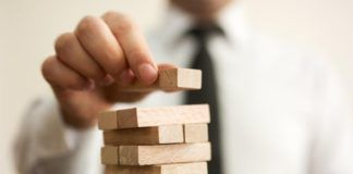 Jak awansować w pracy? 5 umiejętności, które gwarantują awans zawodowy