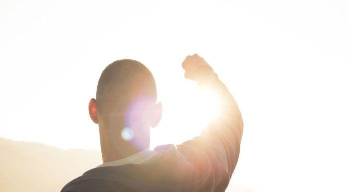 rosnijwsile.pl Jak myślą zwycięzcy? 8 narzędzi potrzebnych do osiągnięcia sukcesu
