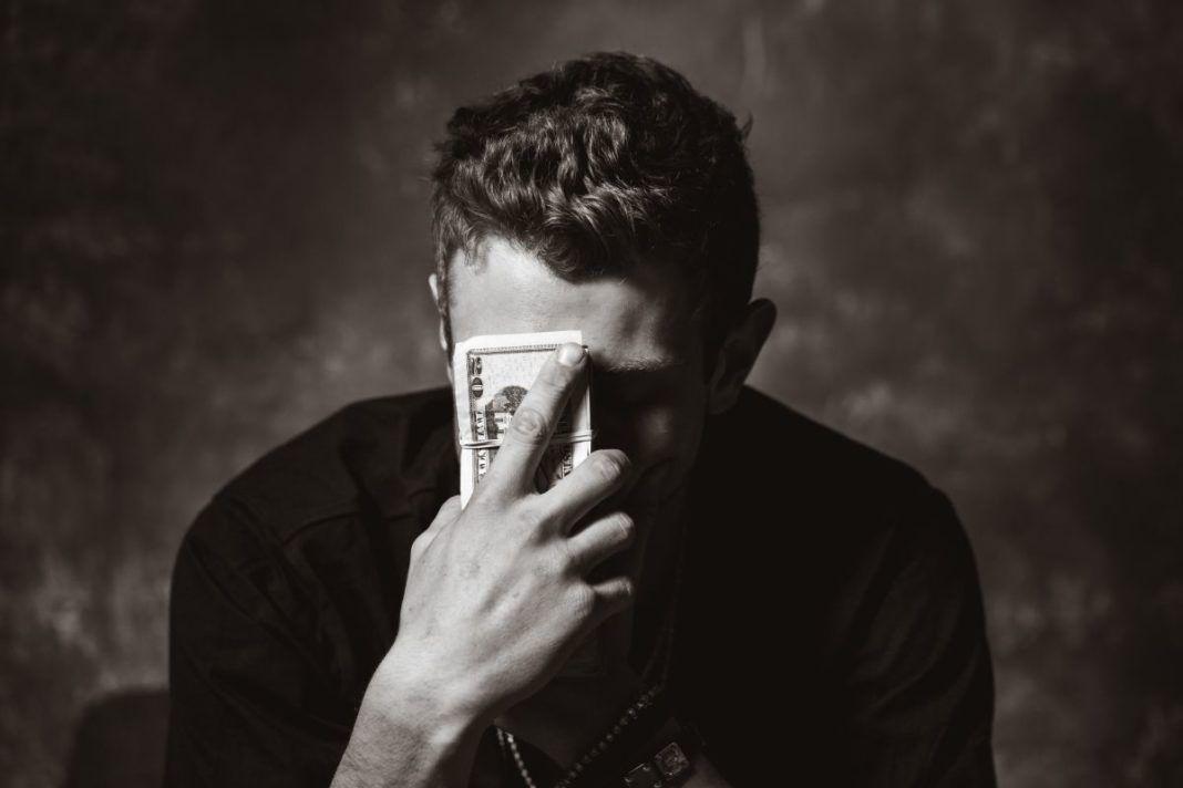 rosnijwsile.pl Jak lepiej radzić sobie z finansami? 10 najważniejszych zasad dobrego zarządzania pieniędzmi