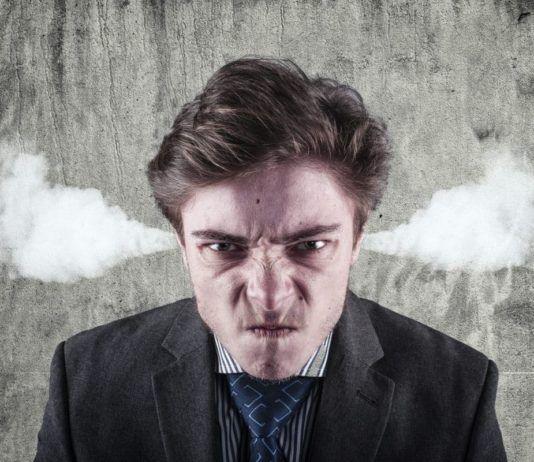 Jak radzić sobie z trudnym klientem? Profesjonalna obsługa klienta