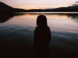 Cisza jest źródłem siły. Usłysz ciszę. Usłysz siebie. Cytaty o ciszy.